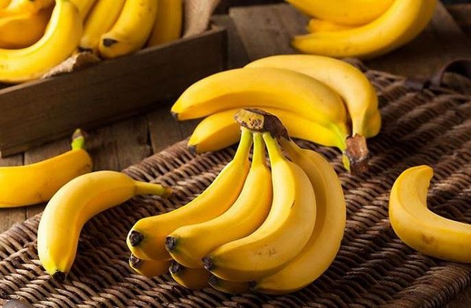 Banana For Glowing Skin